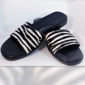 COPY - WESLEY & CO ZEBRA HAIR LIKE SANDALS SIZE 8